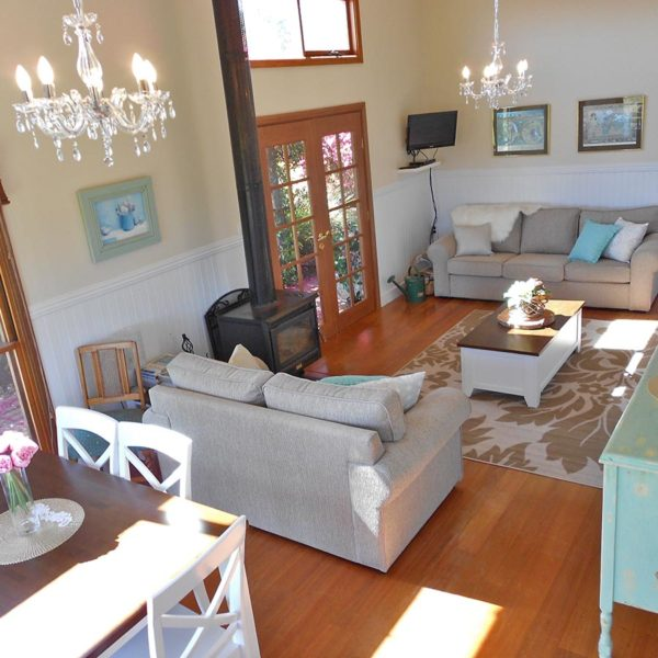 Milton Cottages - NSW South Coast - family friendly living room.