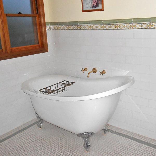 Cottage Milton Bathroom